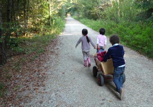 NATURKINDER: LandArt mit Kindern P1020615