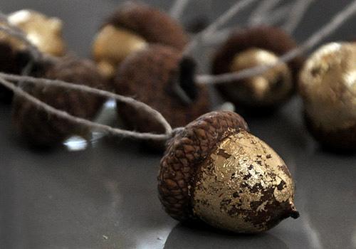 NATURKINDER   Crafting and Decorating with Natural Materials   Acorns